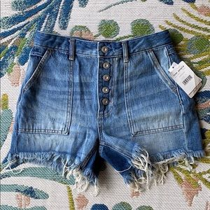 BRAND NEW FREE PEOPLE SHORTS